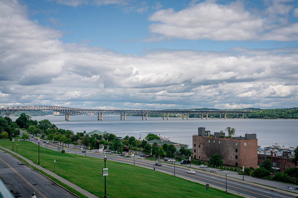 Panoramic view of bridge over Hudson river.